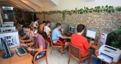 How to Start an Internet Café